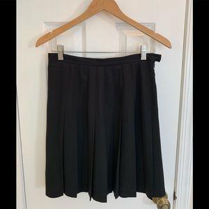 Black mini stitched pleated skirt
